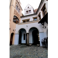 A very charming duplex apartment situated in the area of Old Town