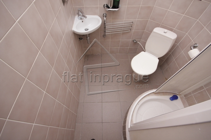 Very cozy fully furnished 1kk apartment in demanded location of Prague 6