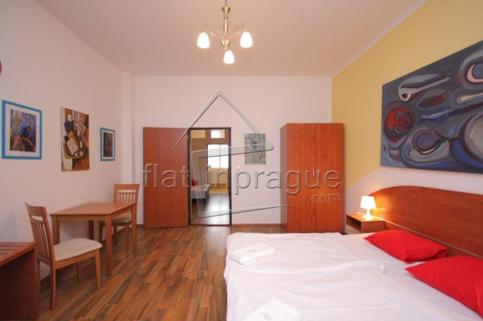 Nice apartment for 4 people in Prague 7