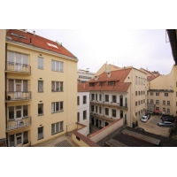 Beautiful modern 1 bedroom apartment in the heart of the Old Town