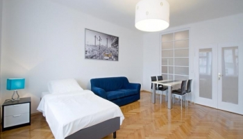 Bright, modern two bedroom apartment