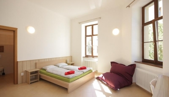 Very nice sunny studio no.7 in great locality of Prague - Vinohrady