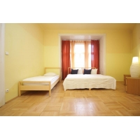 Bright three bedroom apartment in Prague 2 - New Town