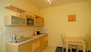 Fully refurbished apartment in the city centre