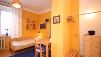 A pleasant ground floor studio apartment of 25 sqm