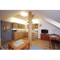 Spacious and cozy attic studio in a quiet residence with CCTV