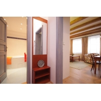 Romantic one bedroom apartment in a quiet residence with CCTV