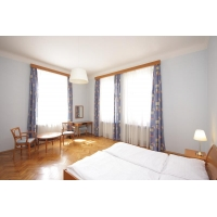 Beautiful sunny apartment in the attractive area of ​​Prague Vinohrady (3rd floo