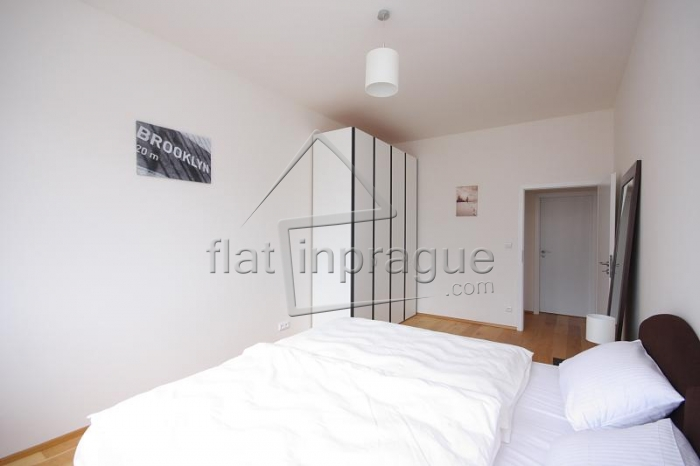 Very nice modern apartment with a terrace in the city centre