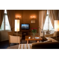 Stylishly decorated suite with beautifull views of the Vltava River