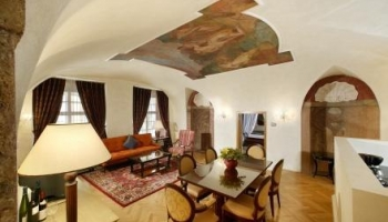 Stunning luxury suite in the Old Prague