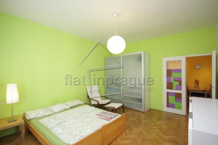 A nice big apartment for up to 5 people in the Old Town