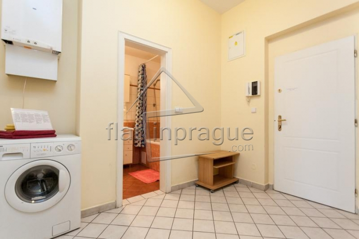 Nice sunny one bedroom apartment suitable for 4 people on Wenceslas Square
