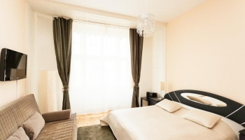 Nice, sunny studio apartment on Wenceslas Square