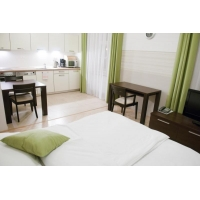 Beautiful modern studio apartment directly opposite the National Theater