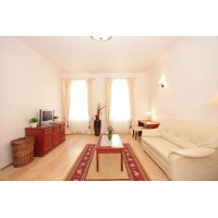 Beautiful sunny apartment in New Town for two people